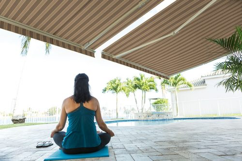 DL_gibson_awnings_yoga